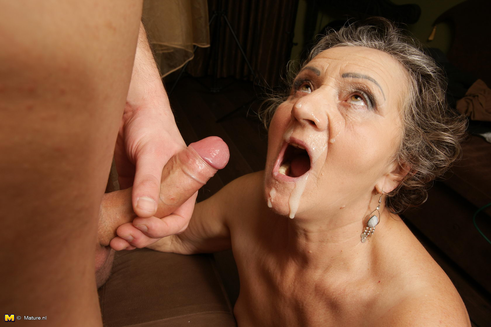 naked mature women playing with cock