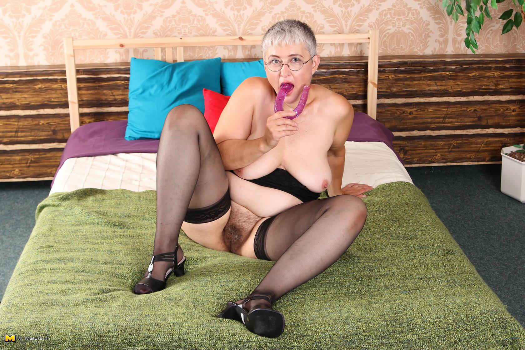 Фото гольи девучки волосатй 9 фотография