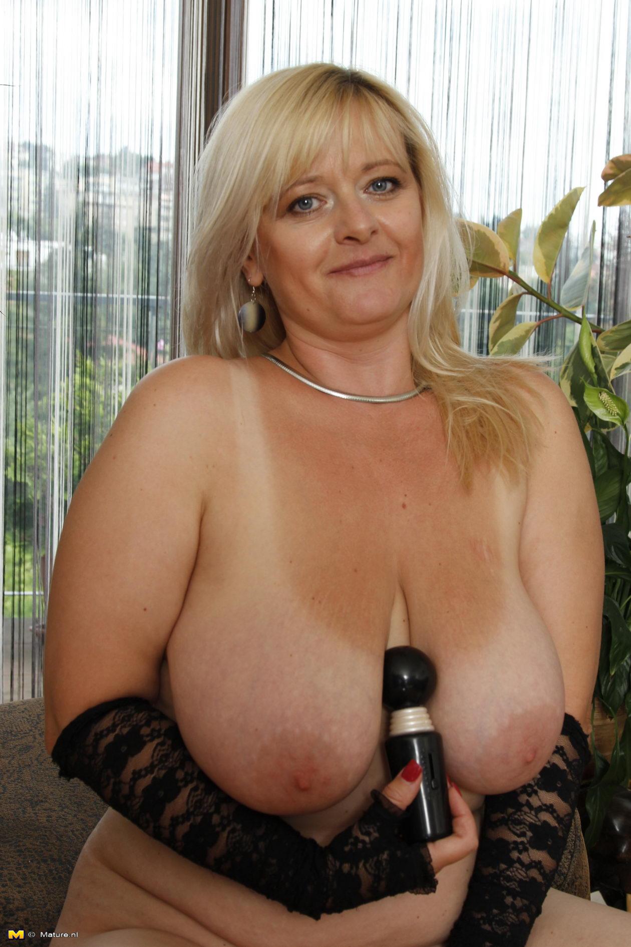 Big Huge Breasted Nude Women Getting Fuck