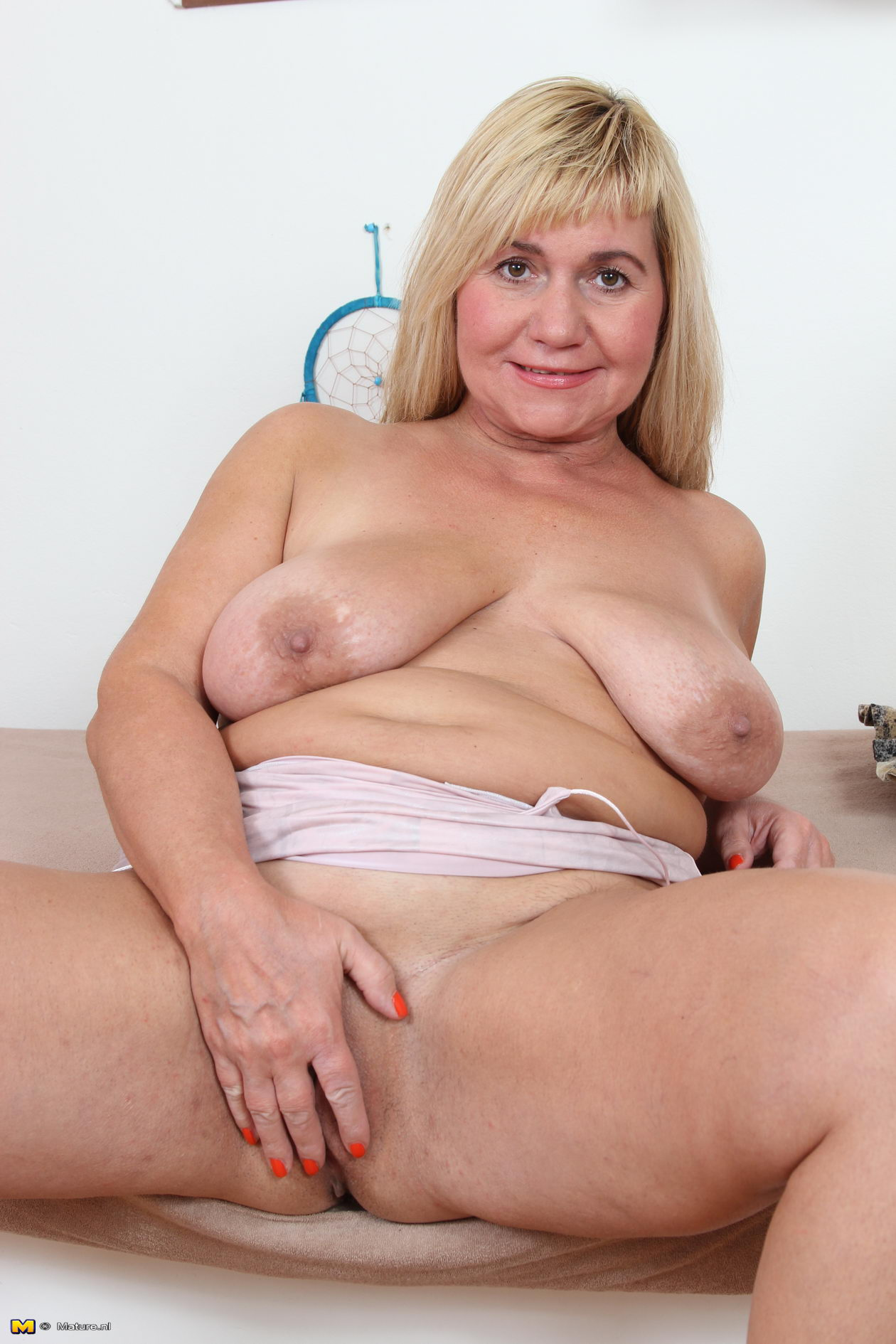 New to anal porn