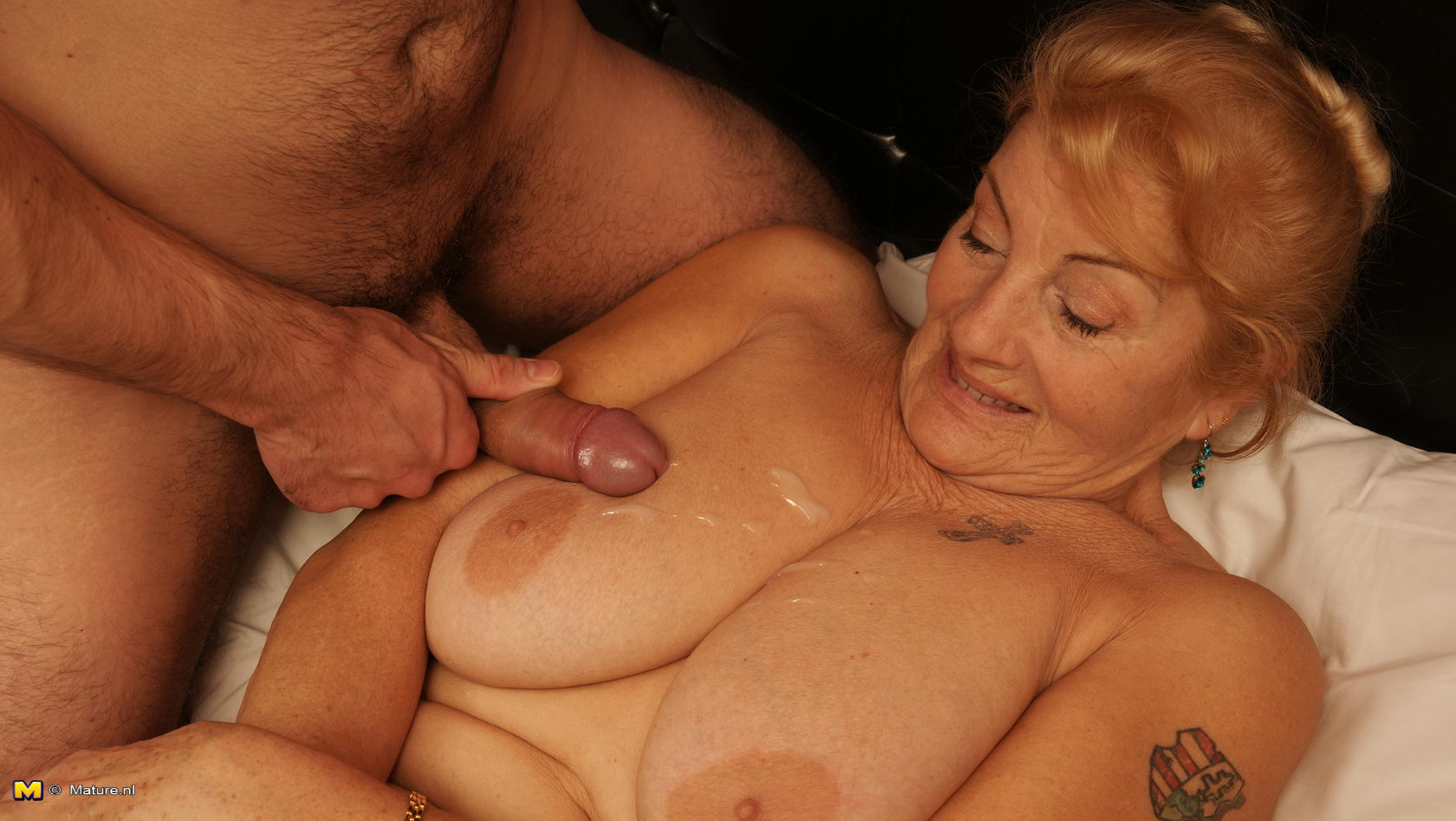 slut mature women vids