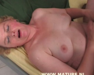 she going unconsious from being fucked so hard