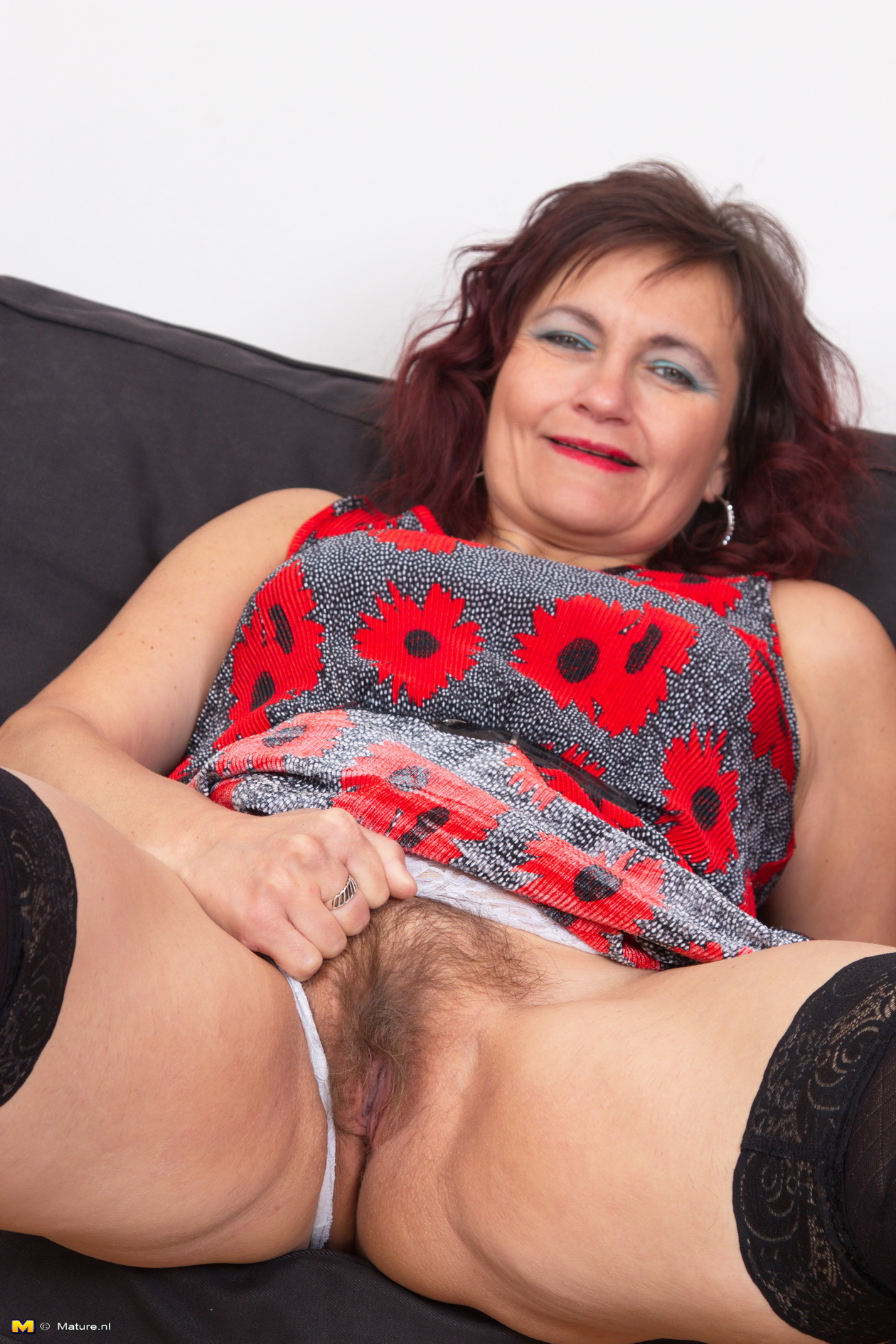Mature sexy hairy! amateur!