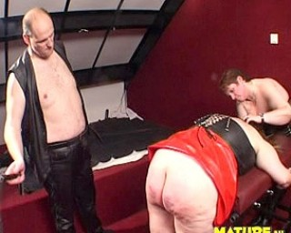 This couple play with a chubby mature slave