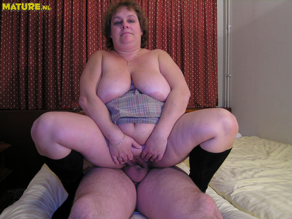 Chubby couple porn