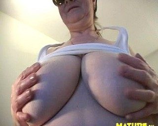 Big tits and an old pussy ready for the taking