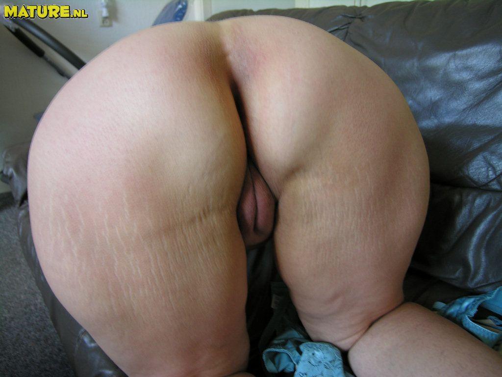 порно фото жопа зрелых женщин