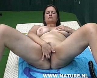 Kinky housewife playing and sucking cock