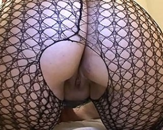 Amateur housewife sucking dick