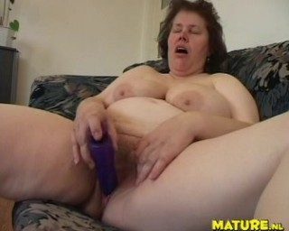 dick swallowing mature cunt