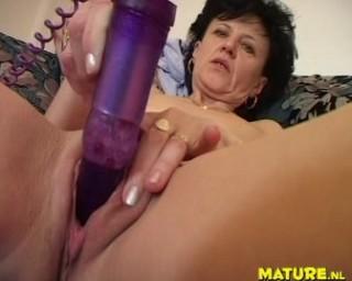 Lick pussy lesbian nipple video