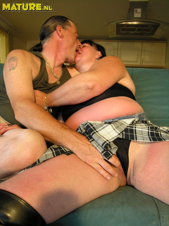 Horny mature couple playing and fucking: affiliates.mature.nl/free/897/Picsindex_30.php