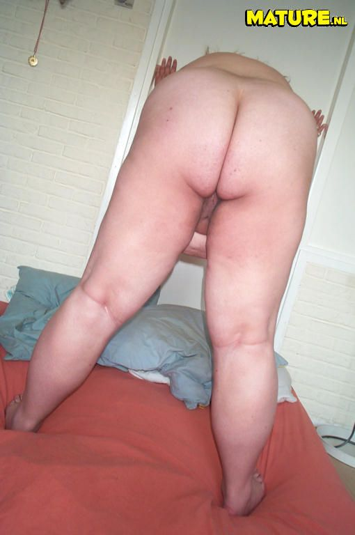 Pornout.ru - Порно фото галерея XXX - Зрелые женщины Огромная