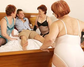 Three mature sluts love to share a hard cock
