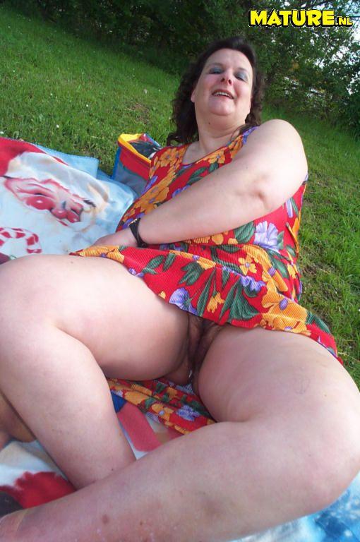 beautiful spanish girl naked