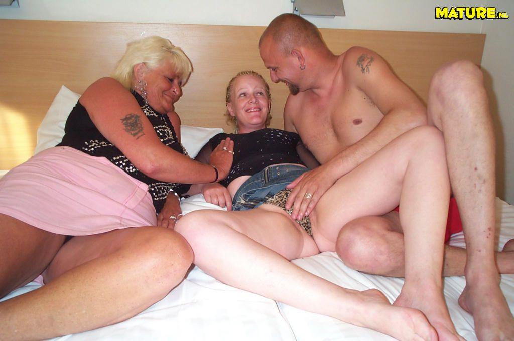 Frinch mature threesome ass sex
