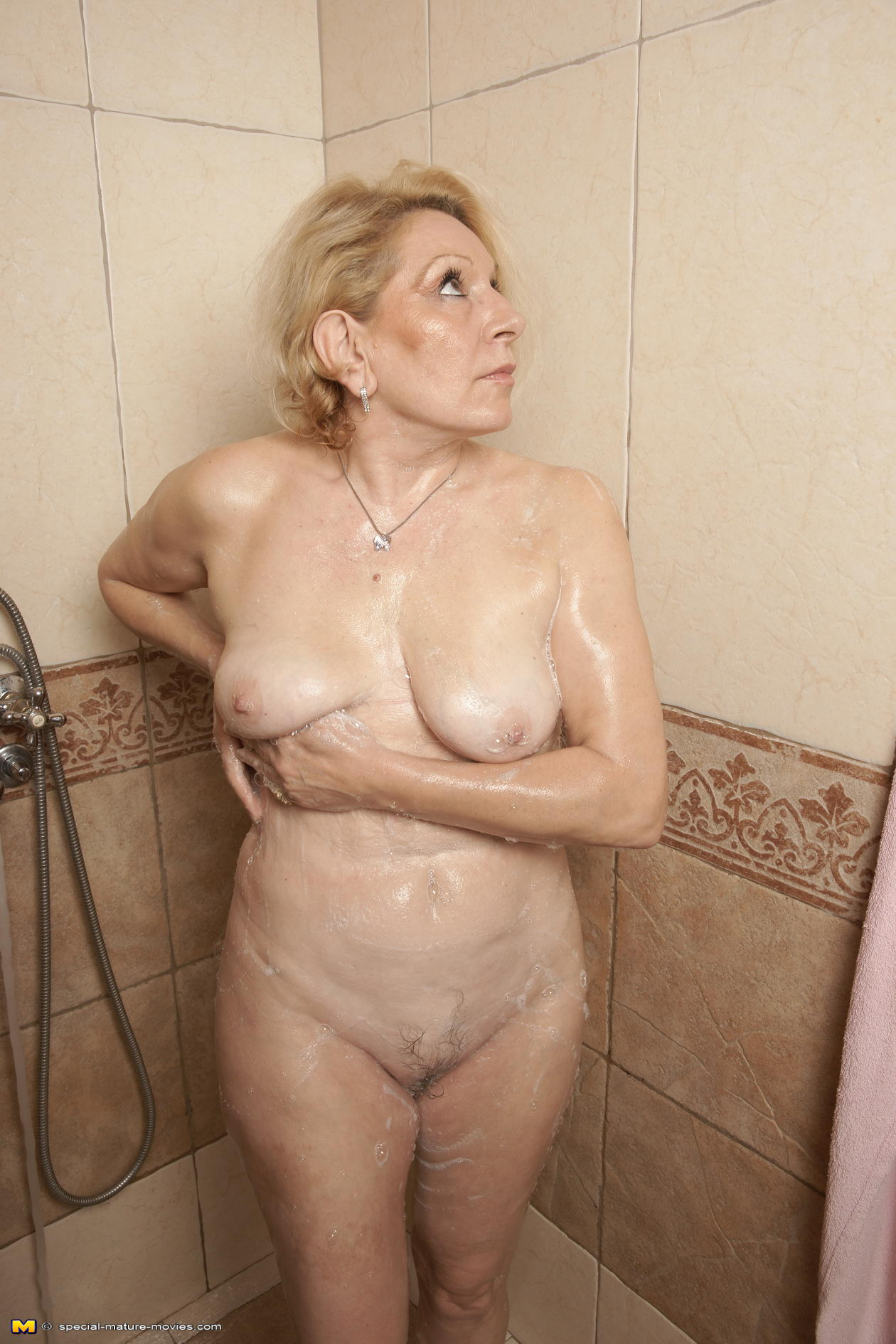 Welcome to an all female mature sauna