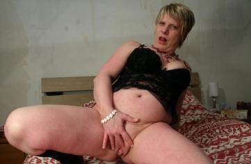 reife hausfrau ohne höschen finger an der fotze gratis sexbilder