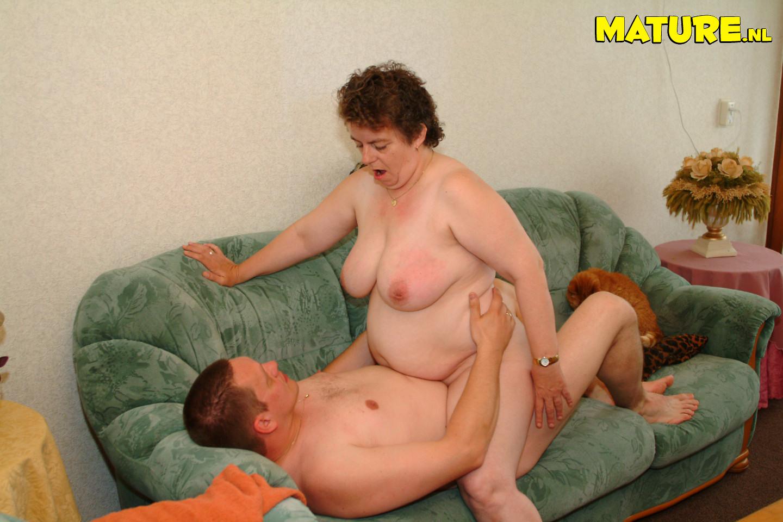 Порно бесплатно старухи хейри фото 205-552