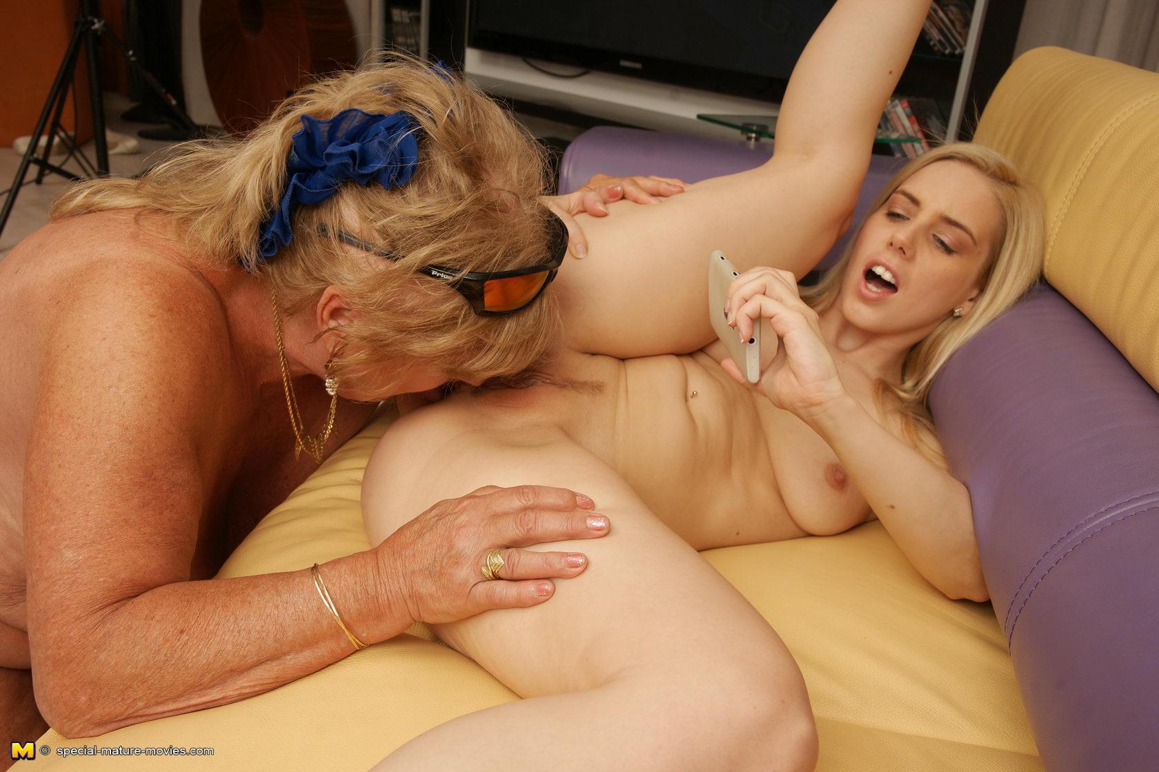 girlfriend holiday photo sex