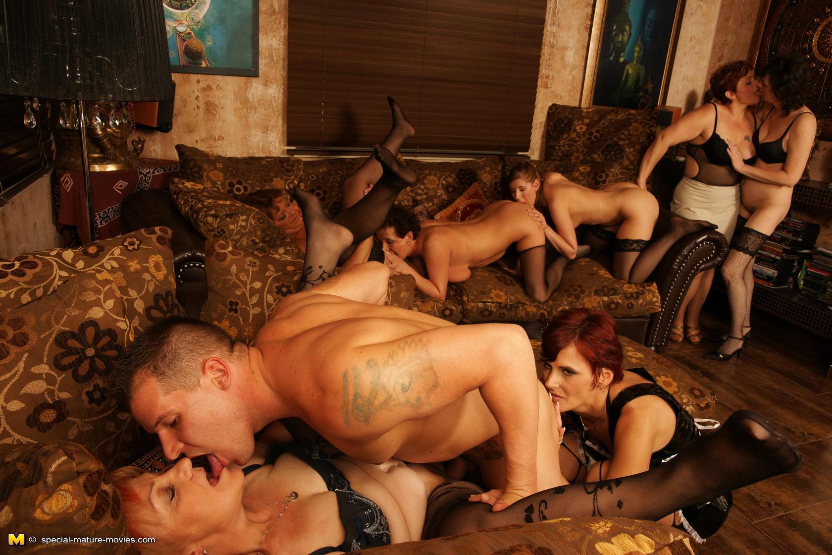 Скачать бесплатно через торрент порно оргии с мулатками фото 349-665