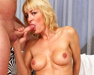 Blonde mature slut sucking and fucking er ass off